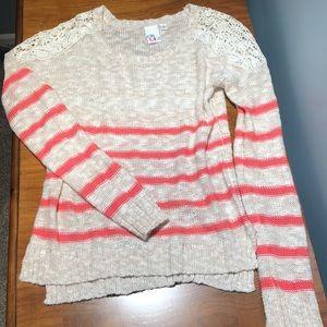 Sweaters - Cream lightweight sweater